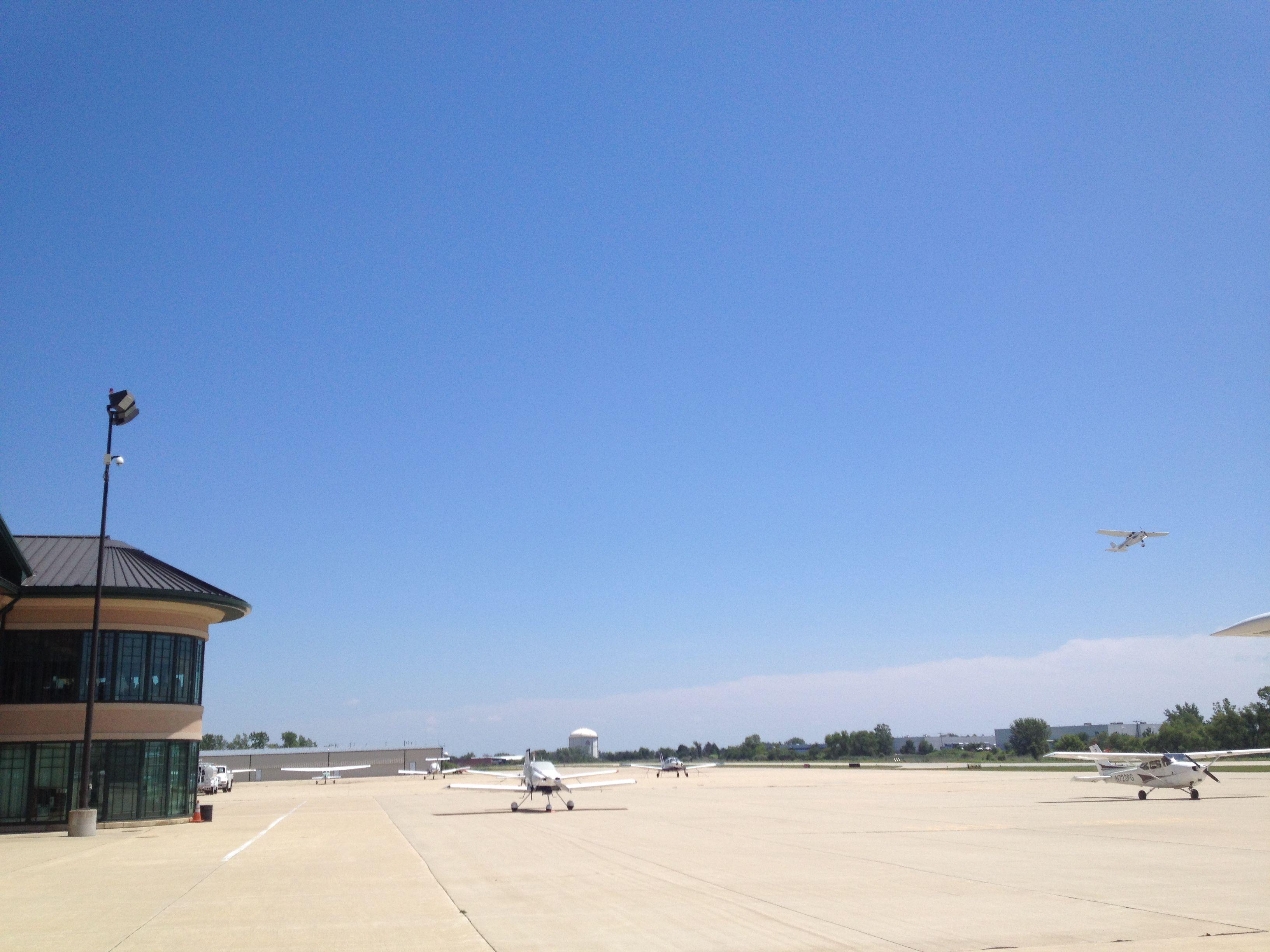 avel flight school schaumburg chicago perfect weather best time rh pinterest com