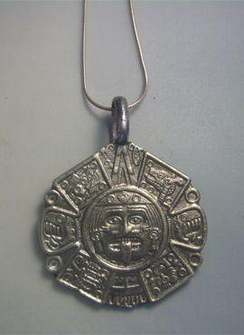 eacf63a64787 calendario azteca plata Tonatiuh dios sol | colgantes amuletos ...
