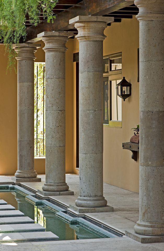 Cantera Columns Frame The Reflecting Pool Of This Beautiful