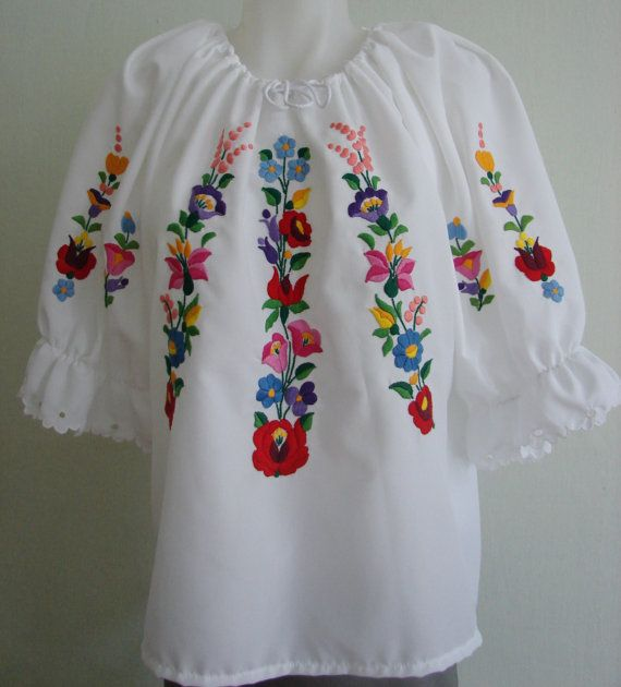 hand embroidered women 39 s blouse hungary kalocsa folk. Black Bedroom Furniture Sets. Home Design Ideas