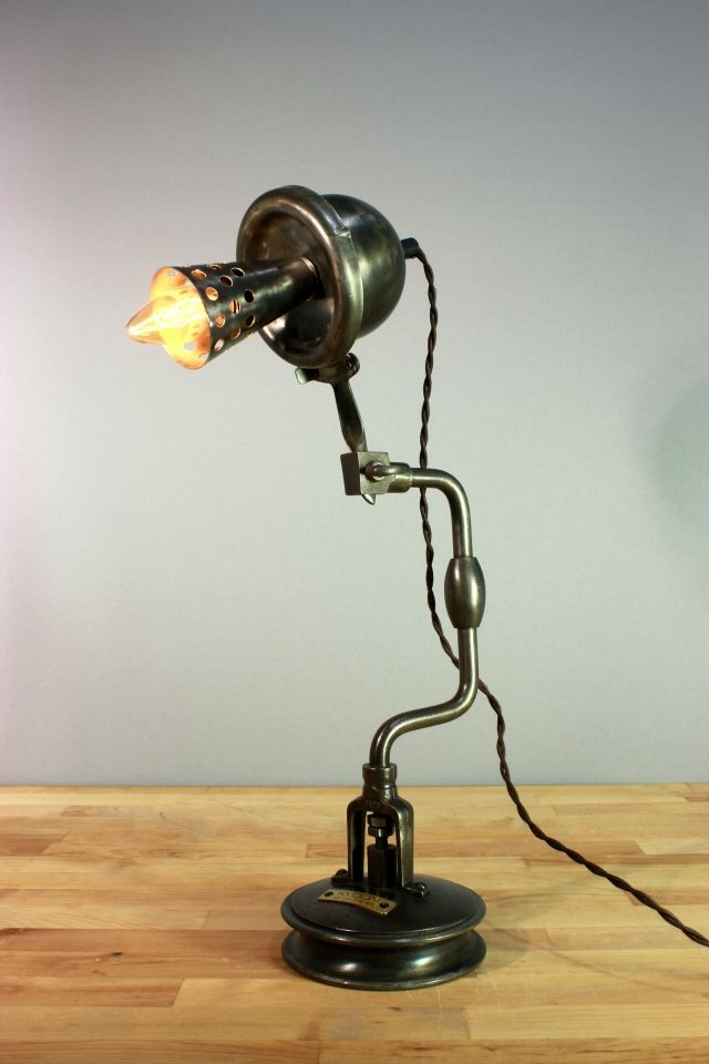 Image Du Tableau Upcycling Art De Kyoon Lamp Luminaire Lampe Design