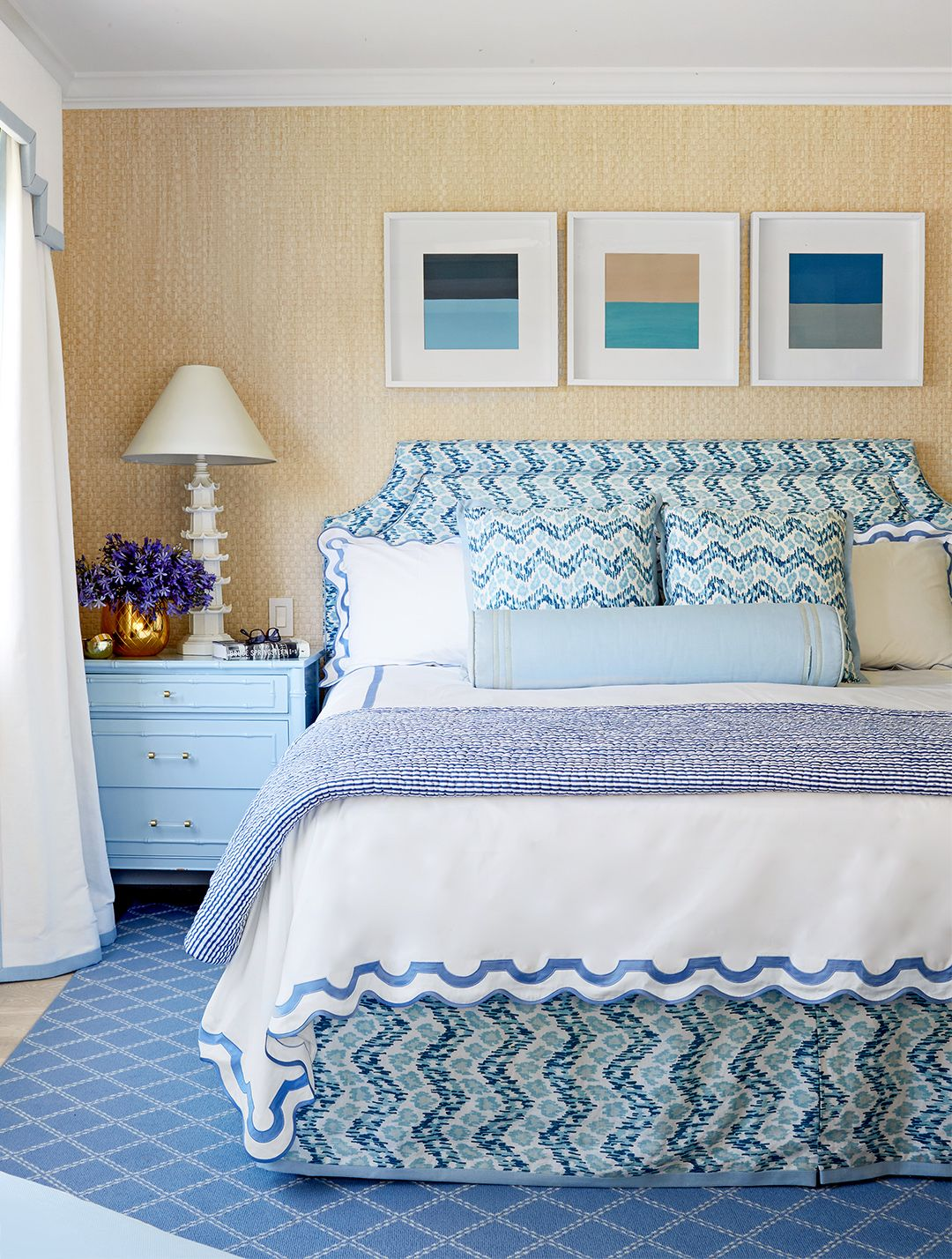 Preppy Meets Posh in This Colorful California Beach Home ...