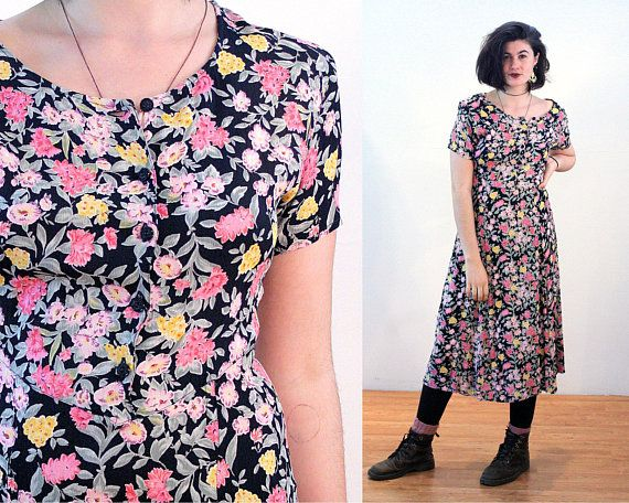 bf64c98011 90s Floral Dress M, India Midi Bohemian Putumayo Black & Pink Flower Print  Rayon Crepe Short Sleeve