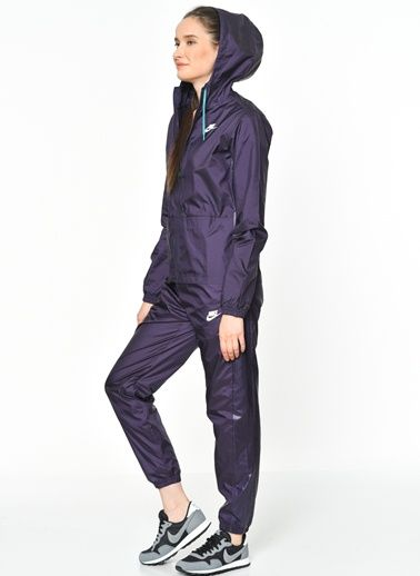 ef7c88f1ab 804546-524-Nike-Woven-Tracksuit in 2019