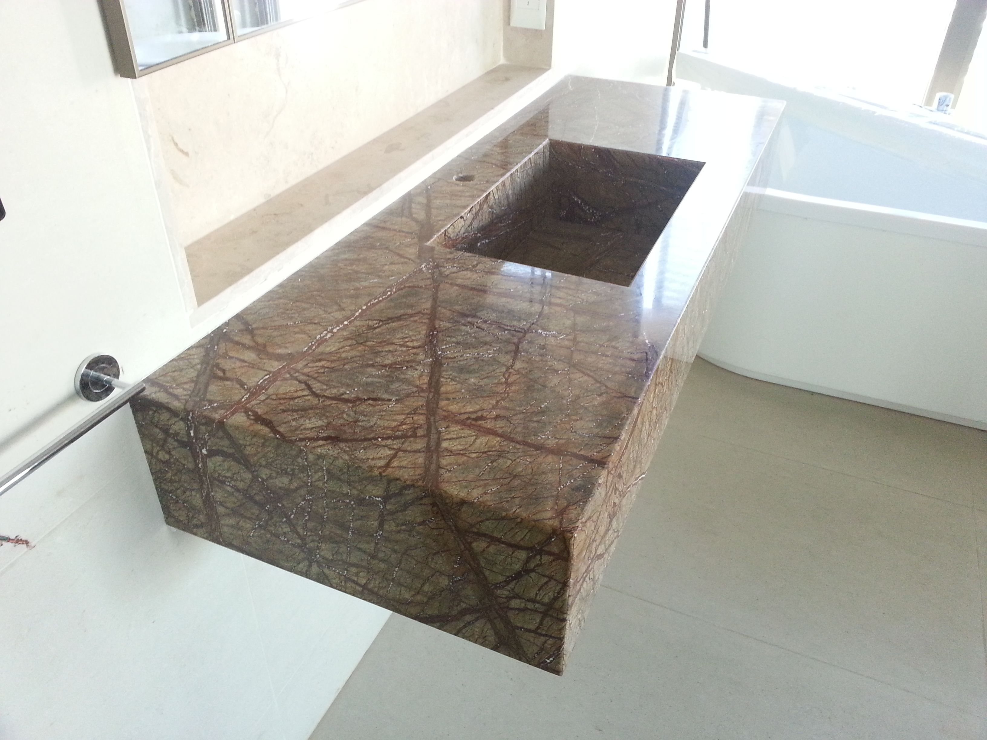 Placas de marmol sintetico buscar con google ba os - Banos con marmol ...