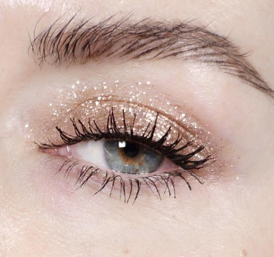 Photo of 10 Inspo Makeup Looks To Step Up Your Makeup Game – Society19 UK