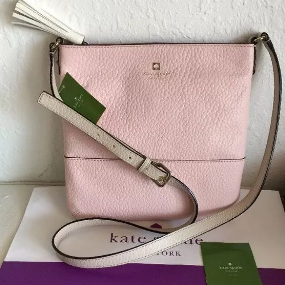 Kate spade crossbody bag Light pink NWT authentic open to reasonable offers, no trades please kate spade Bags Crossbody Bags