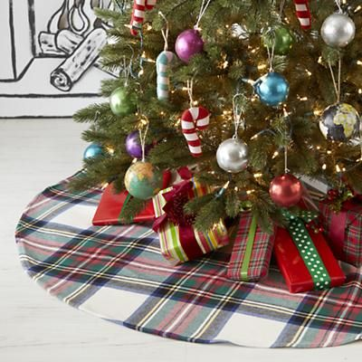 tartan plaid tree skirt by crate and barrel land of nod would love to sew