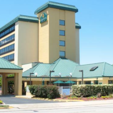 Dog Friendly Hotel In Virginia Beach Va La Quinta Inn Suites