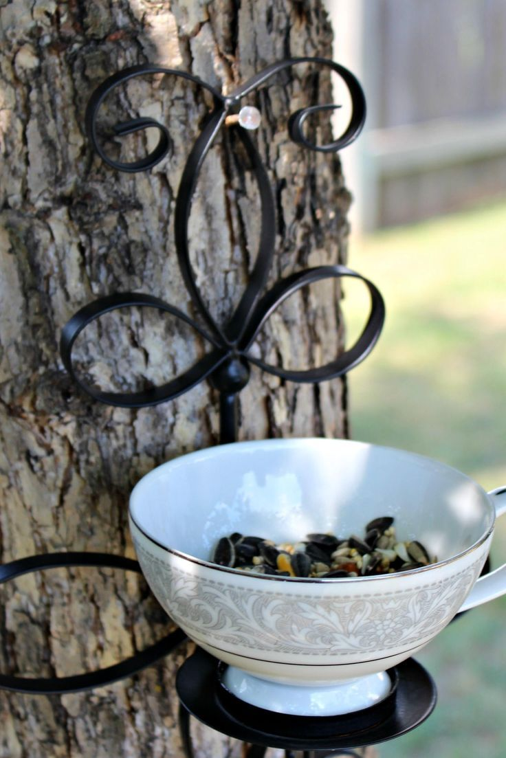 Farmhouse style bird feeder, Blue and white coffee cup