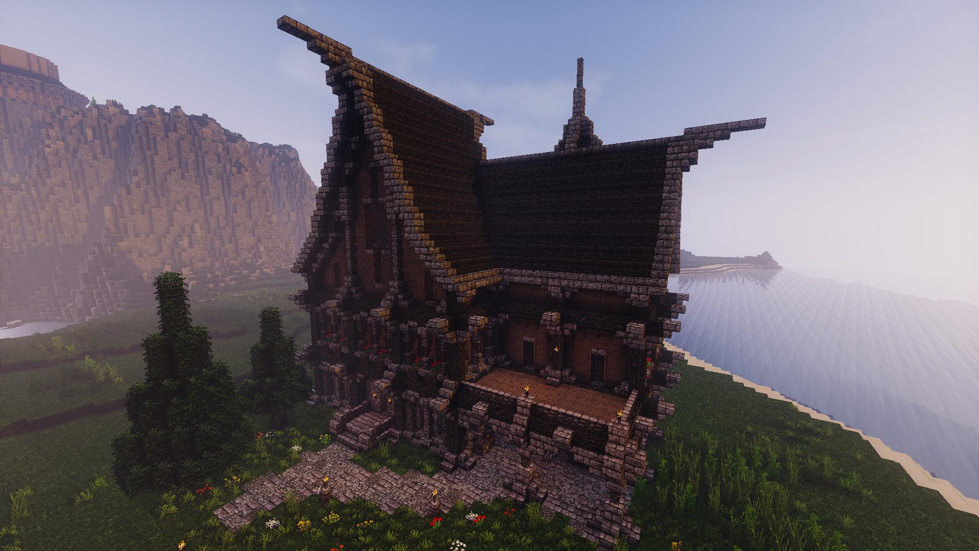 Minecraft - Medieval House Build | GameGetaway