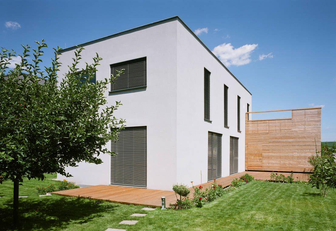 kompaktes passivhaus flachdach haus pinterest haus haus grundriss und moderne h user. Black Bedroom Furniture Sets. Home Design Ideas