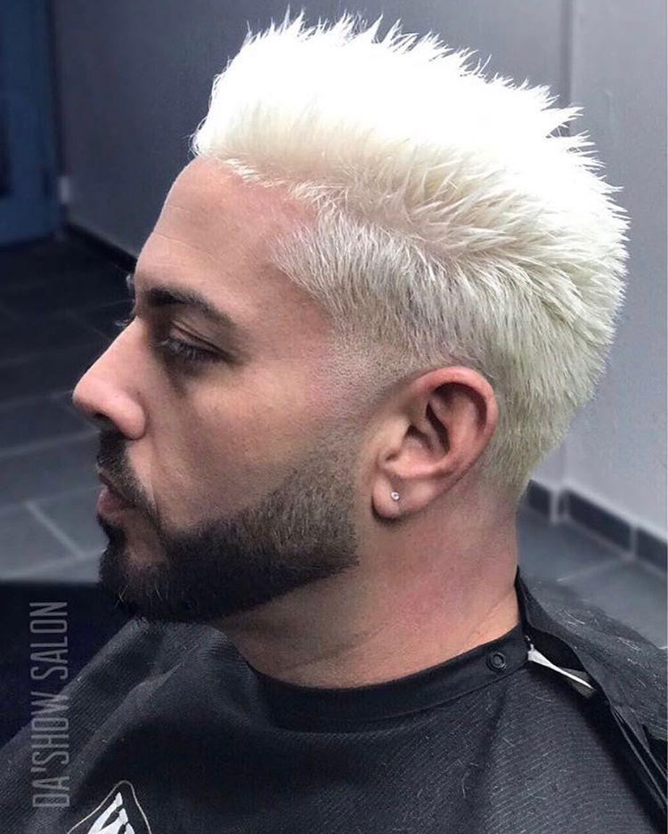 """28 Me gusta, 1 comentarios - Da'Show Salon (@dashowsalonpr) en Instagram: """"Follow 👉🏼 @dashowsalonpr  Decoloración con corte 'blowout' y barba refinada como lo sabemos hacer.…"""""""