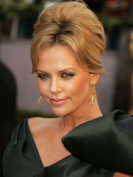 Top 20 Beauty Icons Of The Decade Bouffant Hair Hair
