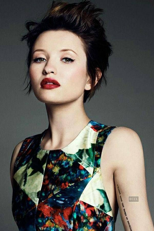 Emily Browning As Anna Emily Was Only Twenty When She Played The