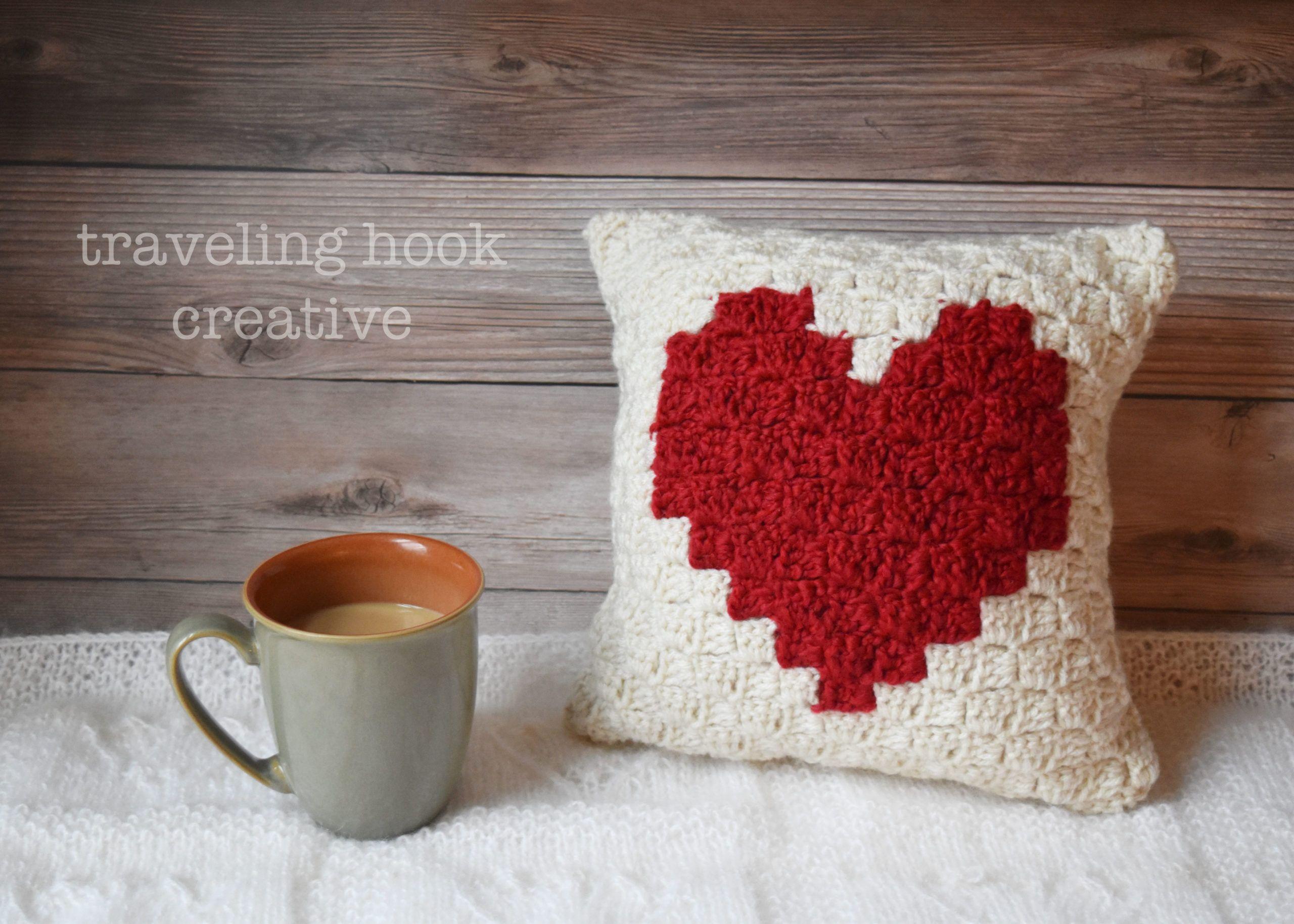 Sweetheart Mini Pillow C2C Pattern | Traveling Hook Creative