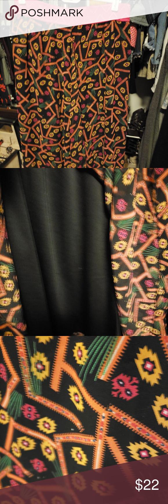 LulaRoe Lola Skirt, Size M EUC, Only worn once.  LulaRoe Lola Skirt.  Size Mediium. Amazing print wi...