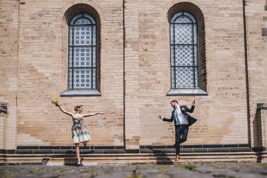 Zivilhochzeit und Brautpaar schießen in der Stadtkirche Alter Markt und  Zivilhochzeit und Brautpaar schießen in der Stadtkirche Alter Markt und