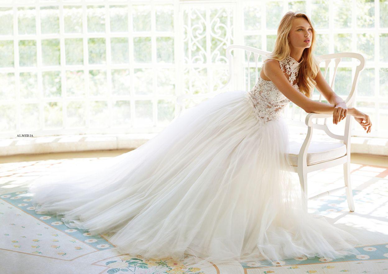Pronovias > Scopri i modelli delle collezioni d'abiti da sposa Pronovias 2017