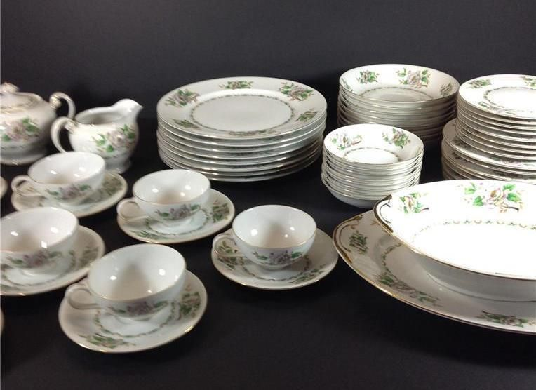 CORONADO Japan Ucagco Dinnerware Complete Service for 8 + Serving Pieces Lot 62 in Pottery \u0026 & Details about CORONADO Japan Ucagco Dinnerware Complete Service for ...