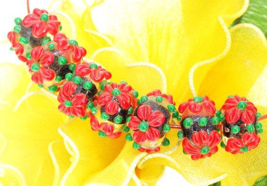 Seven Superb Five Petals Red Flower Lampwork Bead Black by poplyf,