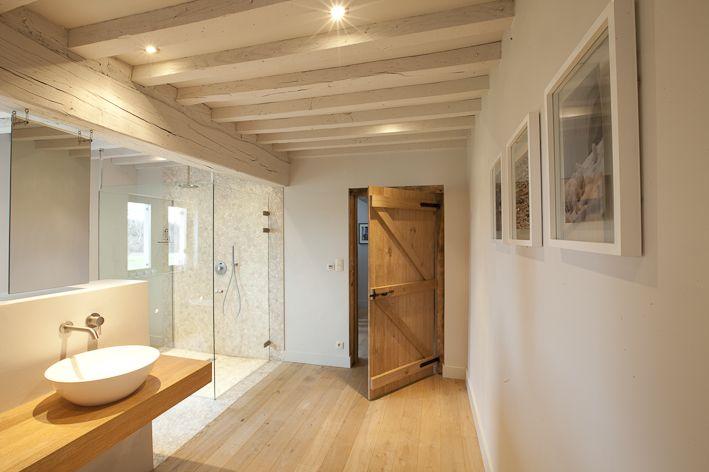 Badkamer plafond badkamer hout inspirerende foto 39 s en idee n van het interieur en woondecoratie - Deco hal originele badkamer ...