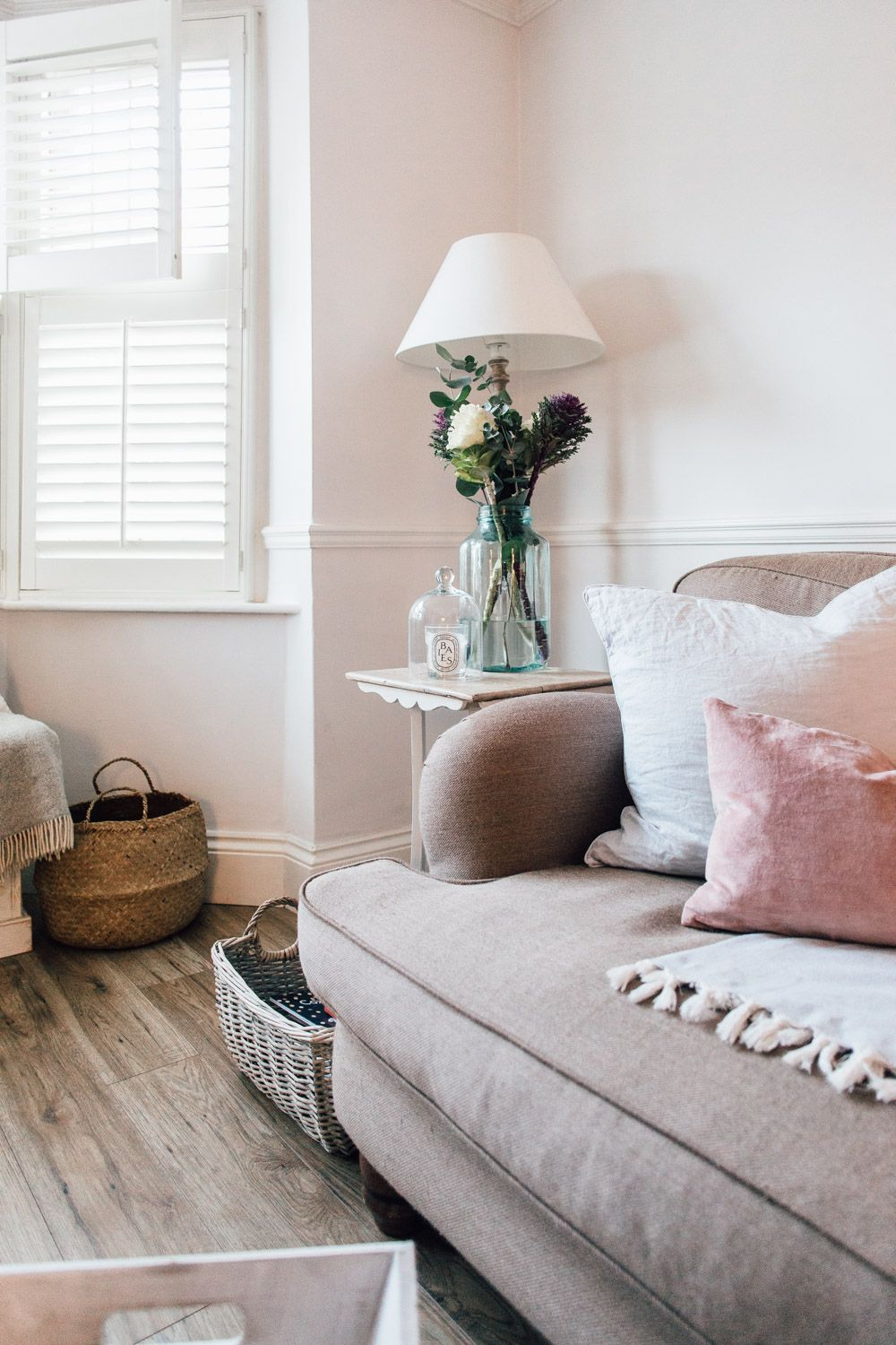 Elle\'s Modern Country Home | Pink cushions, Modern country and ...