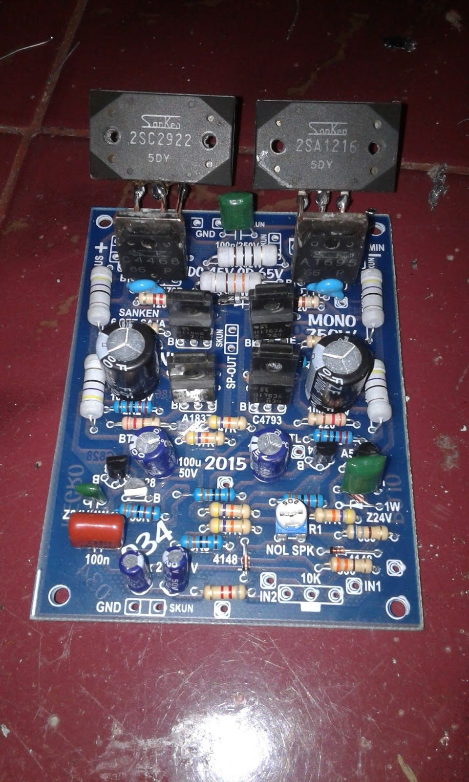 Active bass audio power amplifier subwoofer system