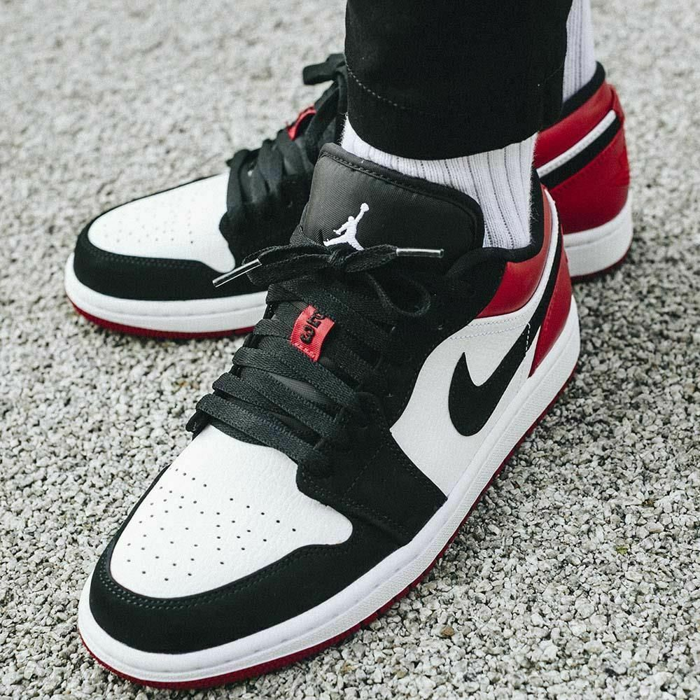 Nike Air Jordan 1 Low *Black Toe*