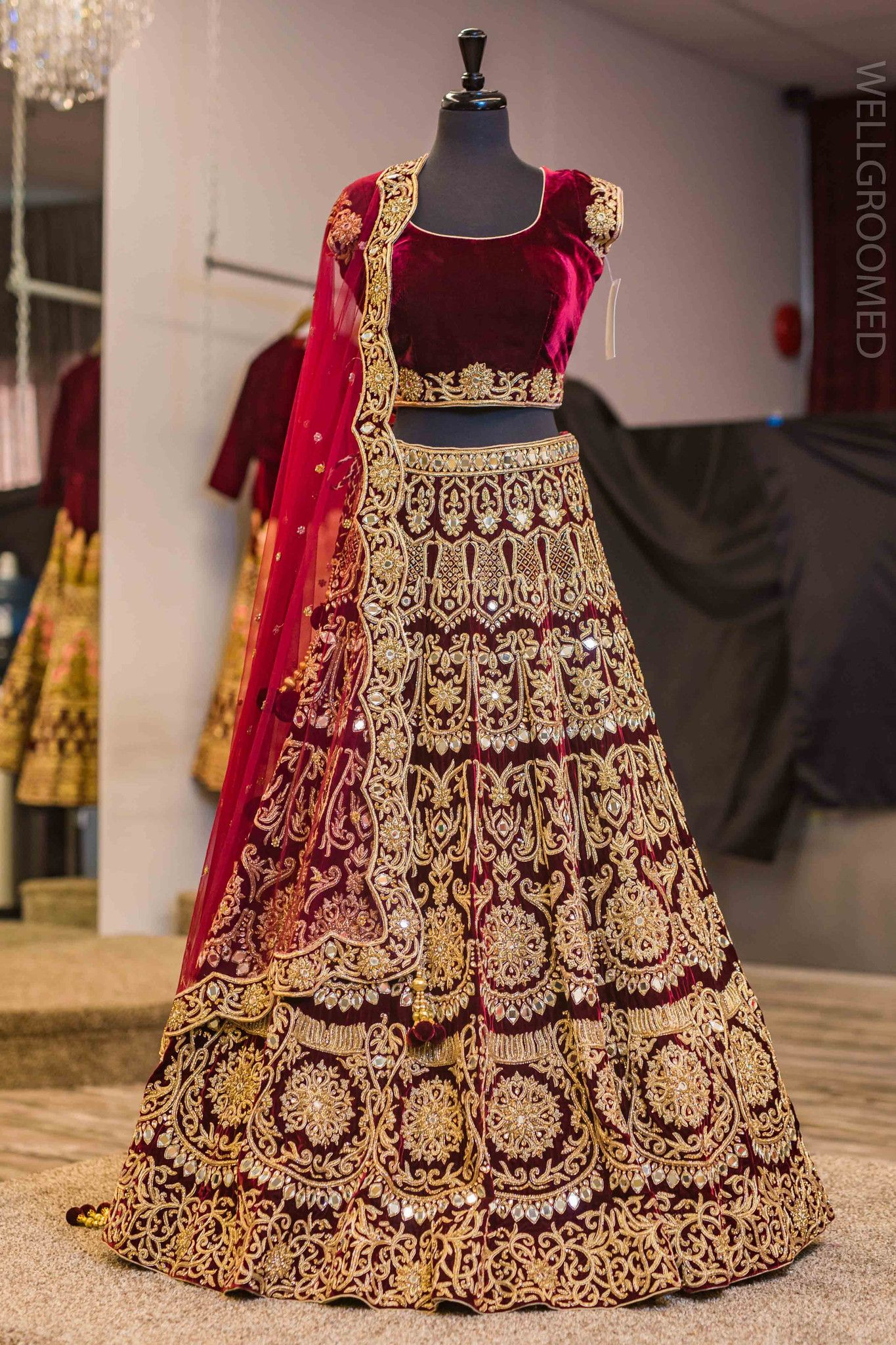 8c78e3aa27 Scalloped dupatta border.Embellished with real mirrors and dubka embroidery  .For this lehenga mail us contact@ladyselection.com