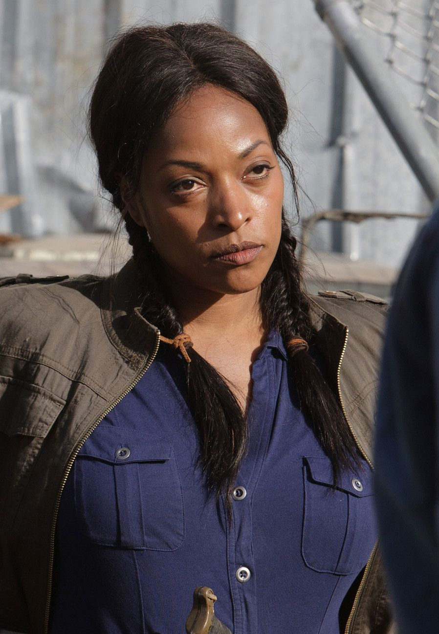 Roberta Warren Kellita Smith Cast Z Nation Syfy Z Nation