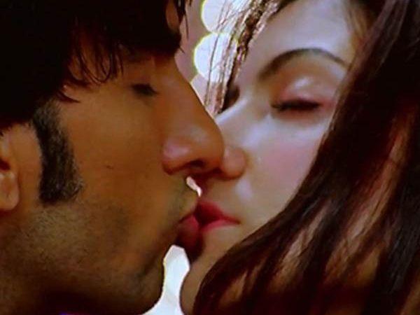 Anushka Sharma Lip Kiss