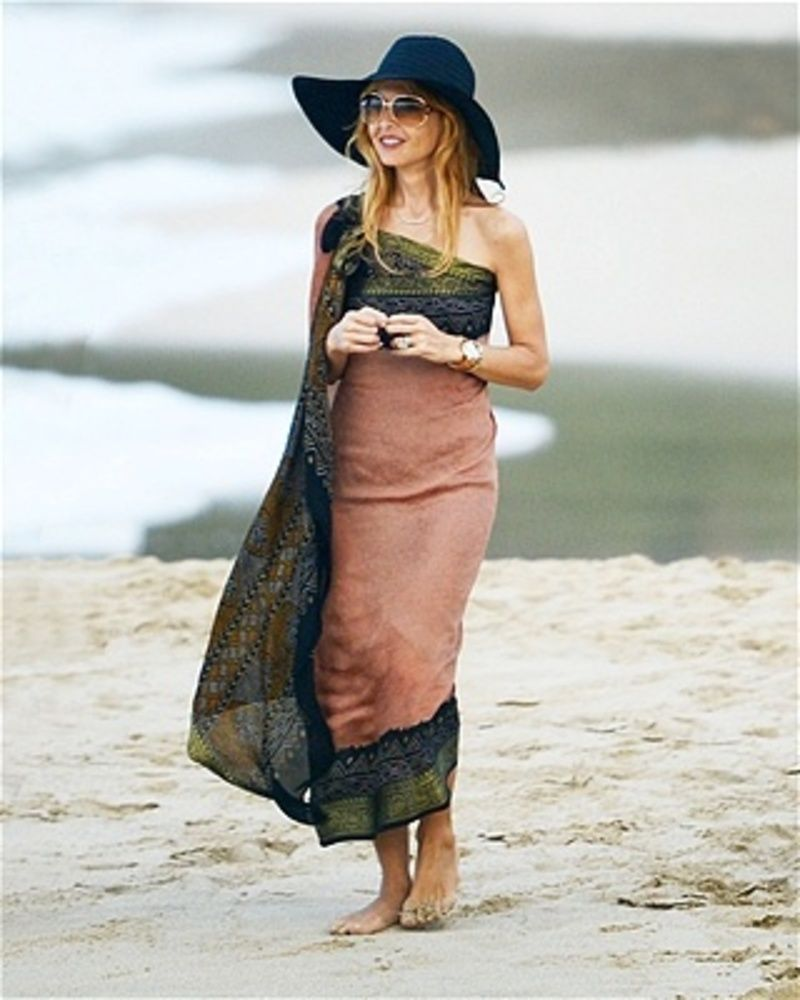 Beach style with big hats inspire me pinterest beach boho