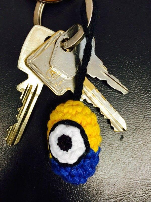 Mini Minion Schlüsselanhänger Häkelnideen Für Kinder Pinterest