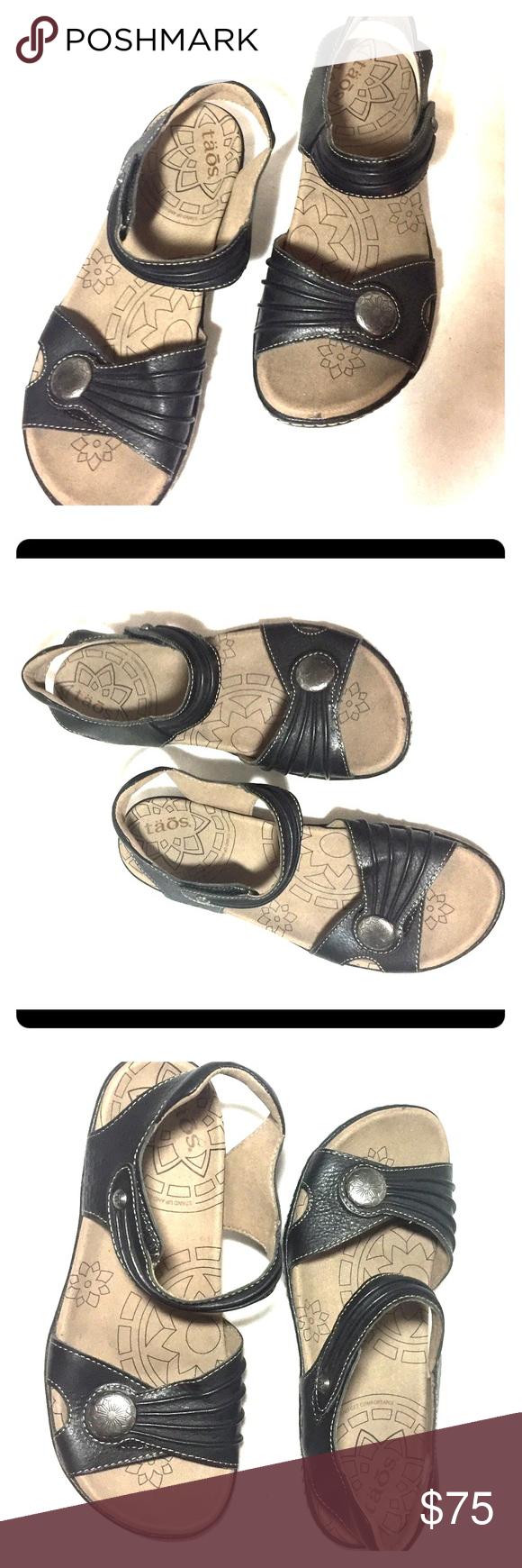 Black Taos Sandals EXCELLENT Condition size 8 Almost new black Taos Escape sandals size 8. Excellent Condition no flaws Taos Footwear Shoes Sandals