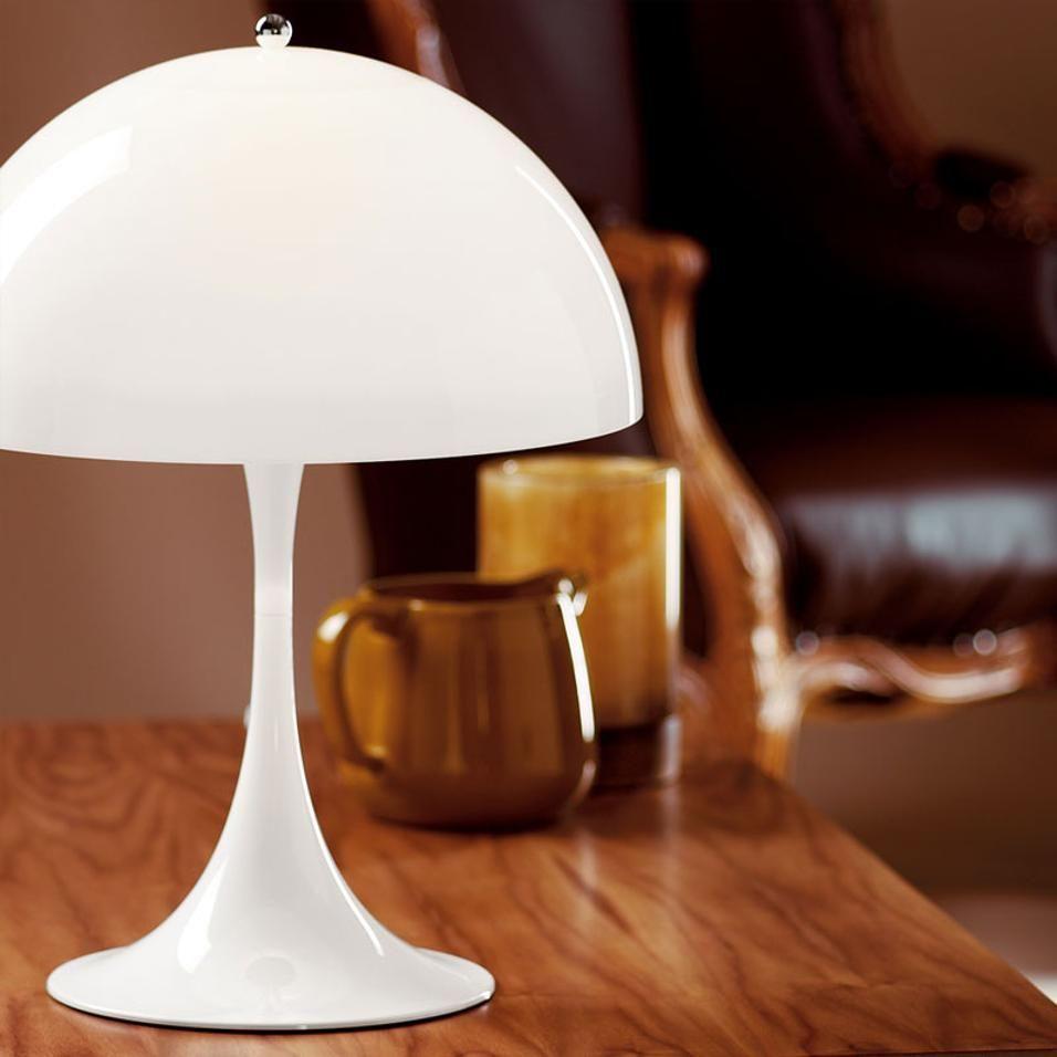 Lampade Da Comodino Per La Camera Da Letto En 2020 Lampes De Table Lampe De Table Blanche Et Lumiere De Lampe