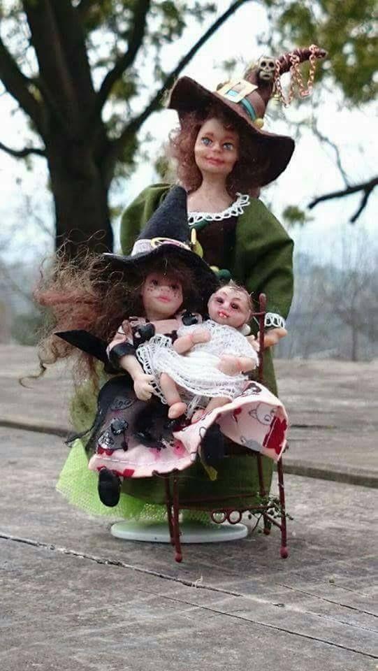 Carmen Herrera - witch family