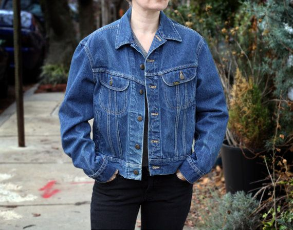 3f5ca0bb Vintage 1970s LEE Denim Jean Jacket Classic Riders Cropped, Women's Medium.  Classic style, great details. Black buttons on the back, Union tag.