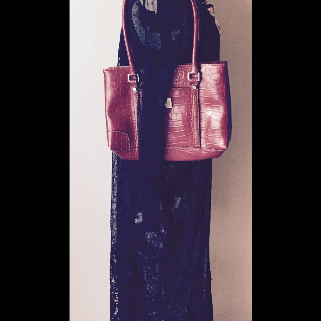 Liz Claiborne Patent Leather Purse