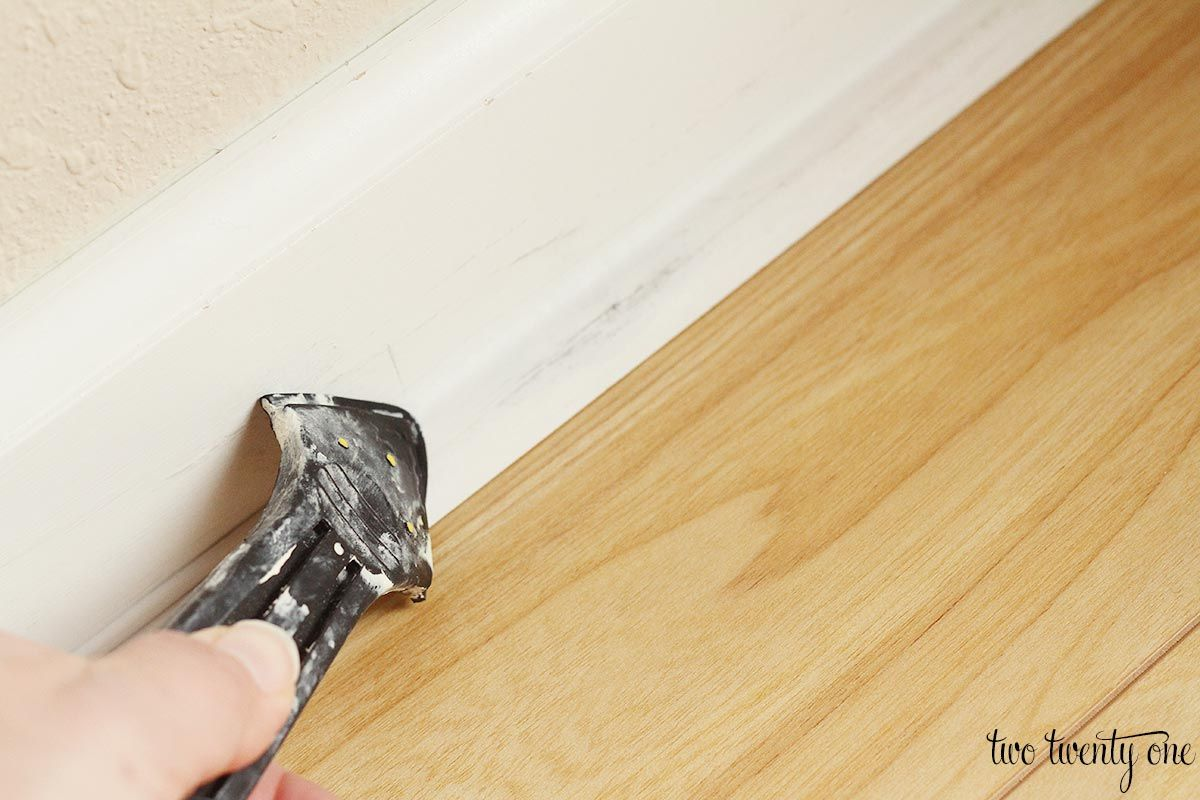 Caulking Painting Baseboards Tips And Tricks Painting Baseboards Baseboards Caulking