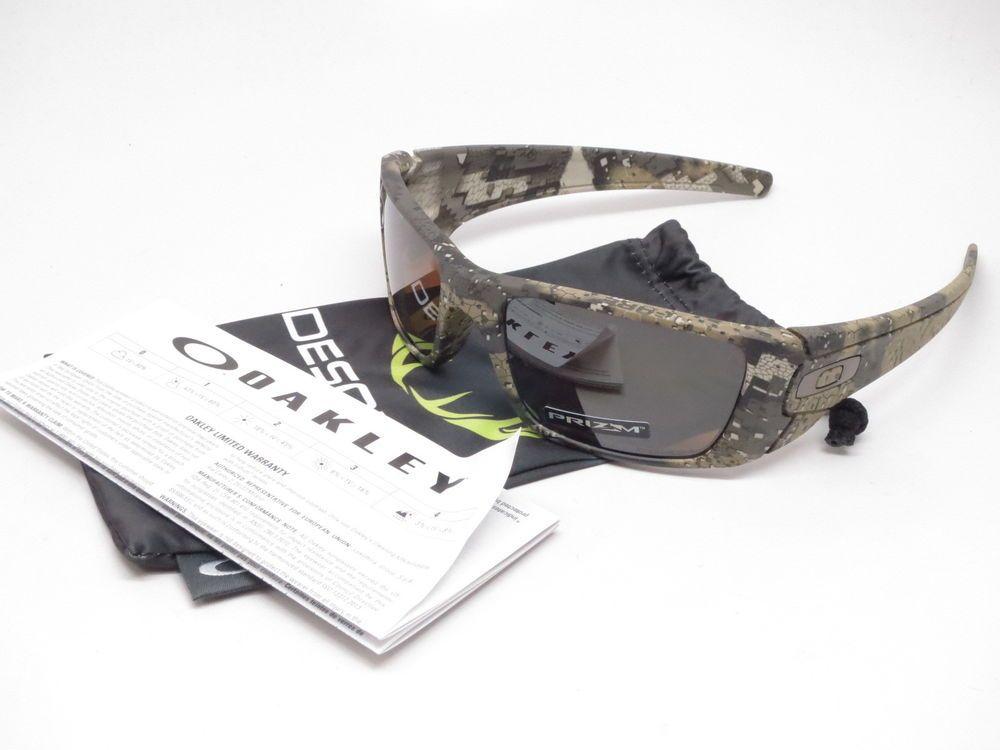 a8ed57675a050 Oakley Fuel Cell Sunglasses Product Info   Brand   Oakley Model Number    OO9096-I760 Model Name   Fuel Cell Frame Color   Desolve Bare Lens Color    Prizm ...