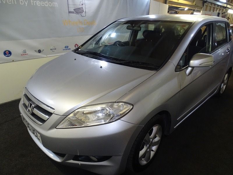 used cars for sale we have varieties of cars such as toyota bmw land rover fiat ford geugeot honda mercedes small luxury cars cheap cars for sale sports sedan pinterest