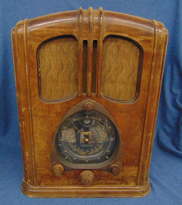 Vintage Zenith Walton Wood Tube Radio 7 S 232 As Is Parts Repair Vintage Radio Old Time Radio Old Radios