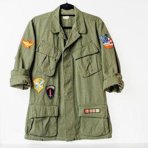 Embellished Vintage Army Jacket Fashion Style Trends Army Green Vintage Patches Army Jacket Army Jacket Style Vintage Army Jacket