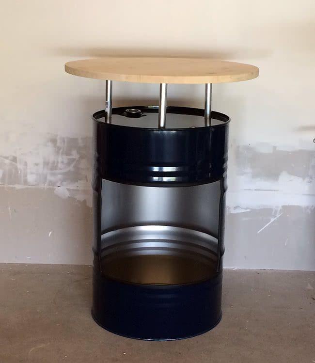 diy stehtisch aus lfass bauen kleine h user. Black Bedroom Furniture Sets. Home Design Ideas