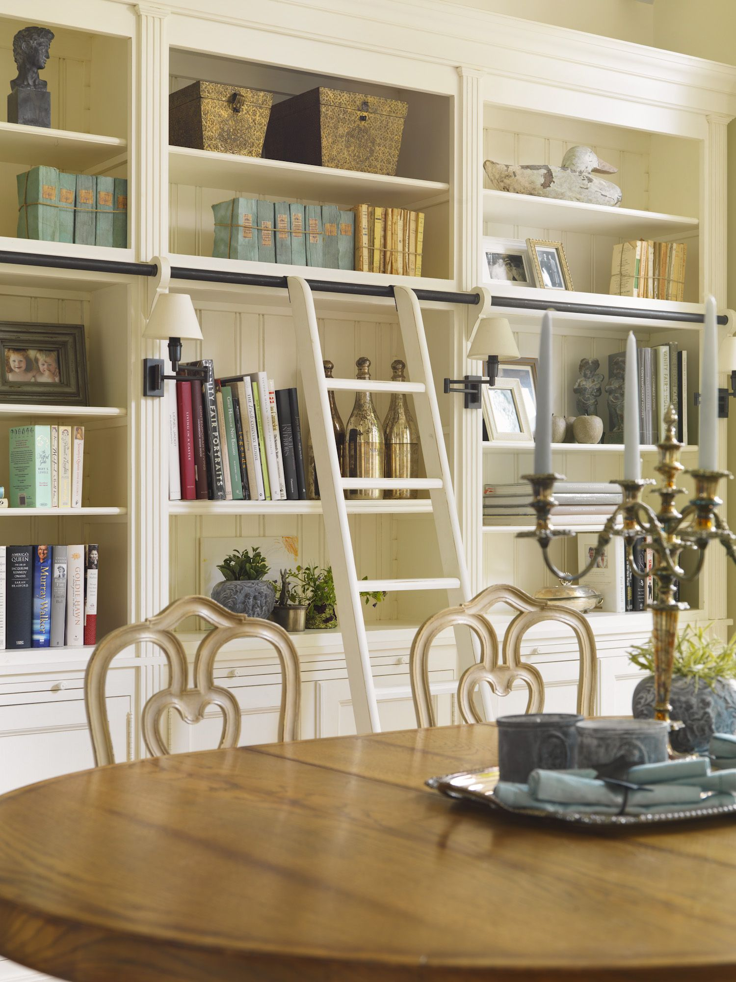 Dining room by Minnie Peters. Fabulous built in cabinets ...