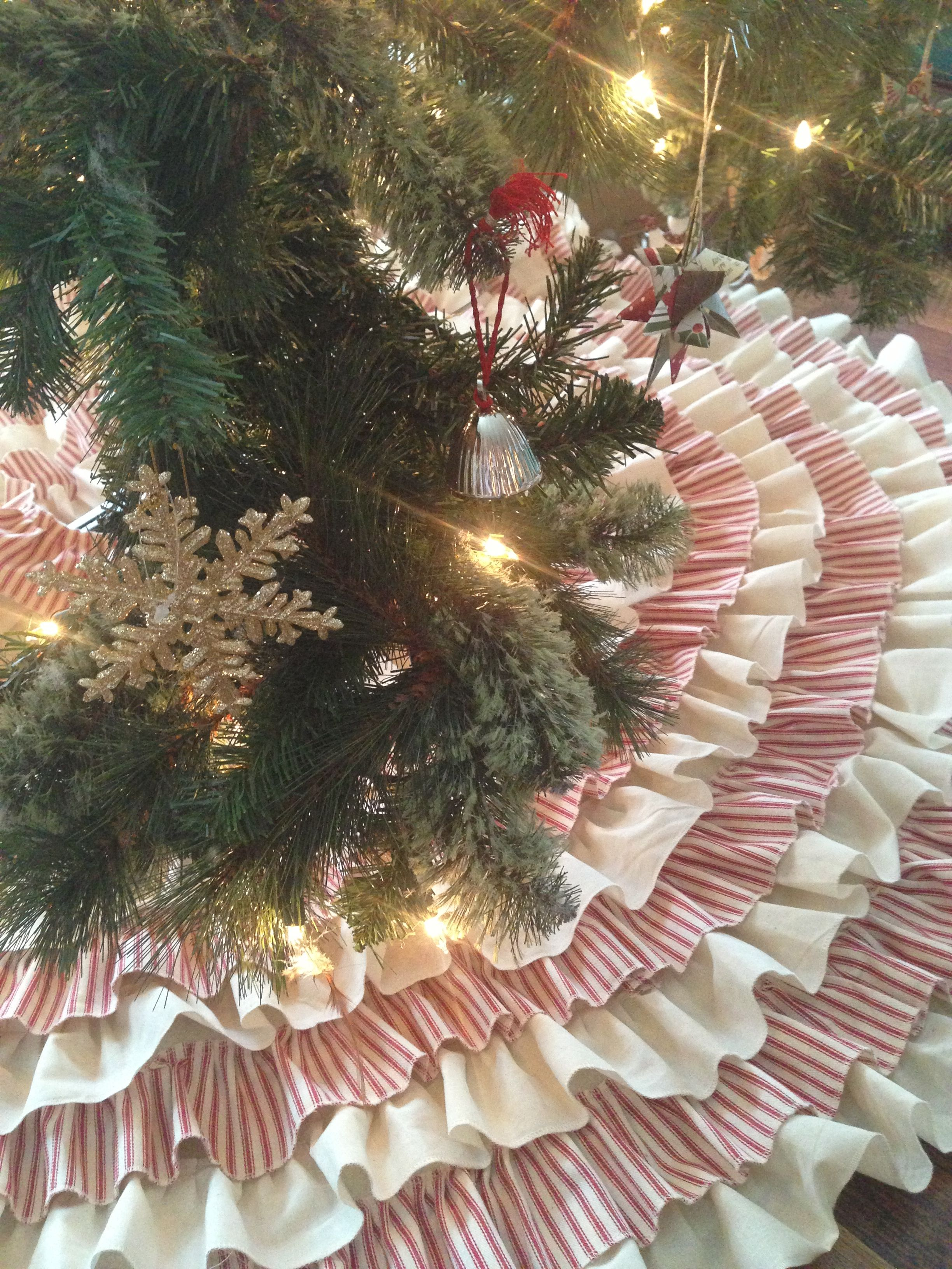 Muslin And Ticking Ruffled Tree Skirt Sewn And Serged U Etsy Ruffled Tree Skirt Tree Skirts Plaid Christmas Tree