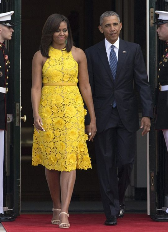 First Lady Michelle Wore A Yellow Naeem Khan Fl Embroidered Dress