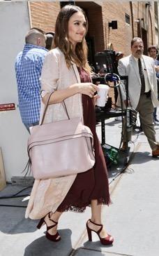 7a6ae8b8f1 Jessica Alba wearing Tod's Wave Bag in Pink and Raquel Allegra Silk Damask  Robe Dress in Desert Wash