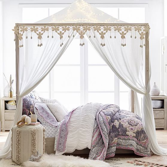 Costa Canopy Bed And Wide Dresser Set Full Weathered White